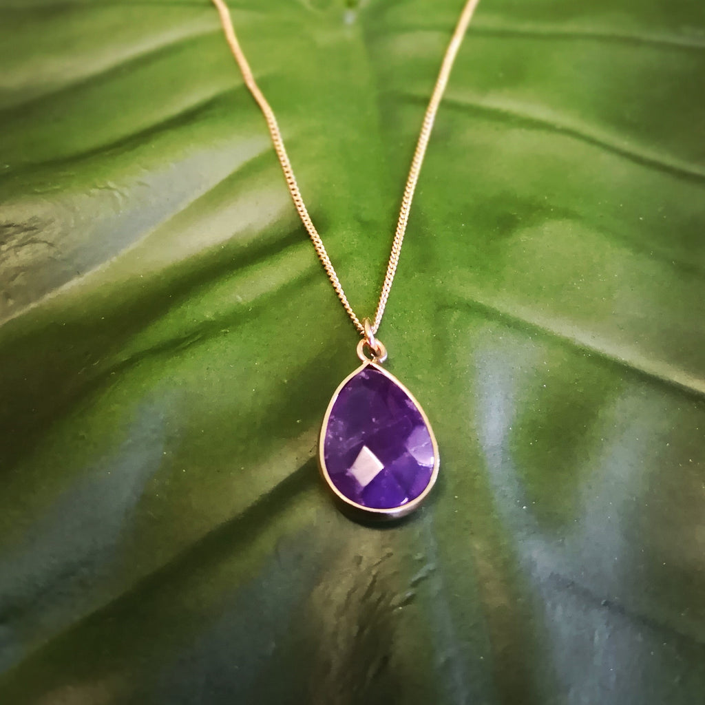 Faceted Amethyst Stone on Gold Necklace
