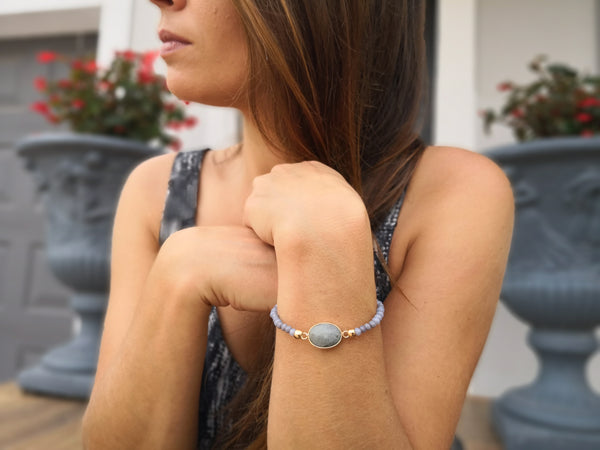 Labradorite Stone on stretch crystal bead bracelet