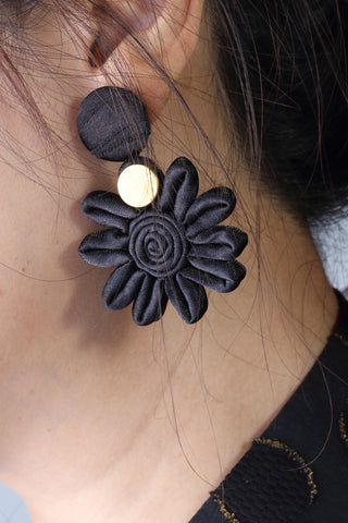Chryssa Floral Button Earrings (Black/ Gold)