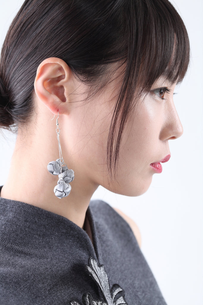 Handmade Silver Chinese Knots Earrings - Yi-ming