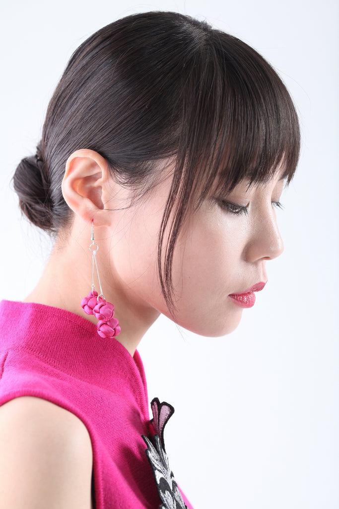 Handmade Pink Chinese Knots Earrings - Yi-ming