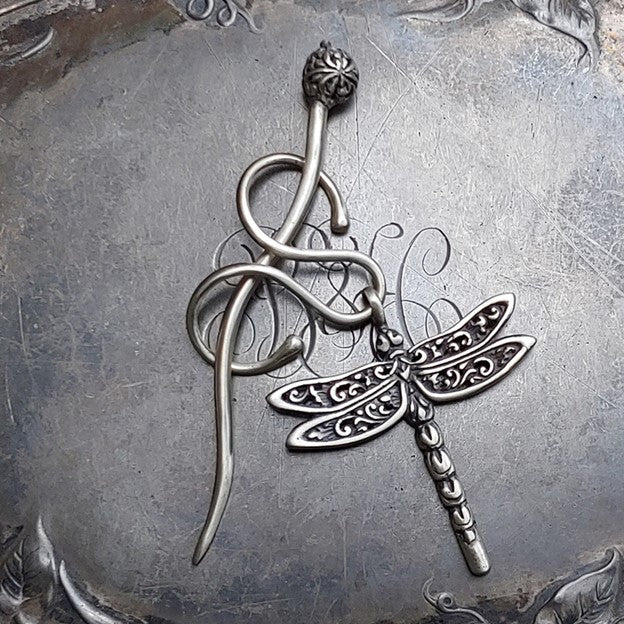 Filigree Dragonfly Charm Lock Shawl Pin