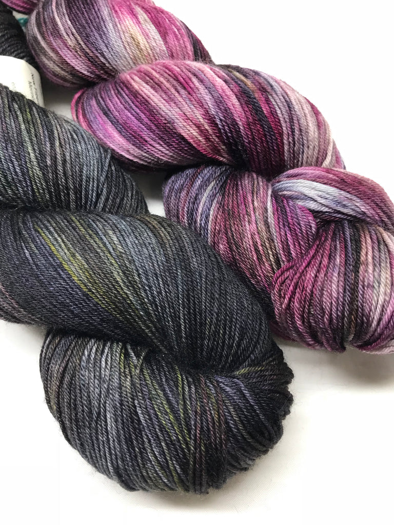 Delphinia Shawl Kit - Cross Creek Sock - Dead Pharoahs