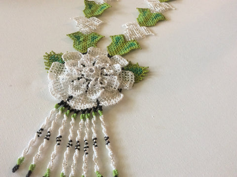 Classic flower design HUICHOL necklace. Hand beaded statement necklace