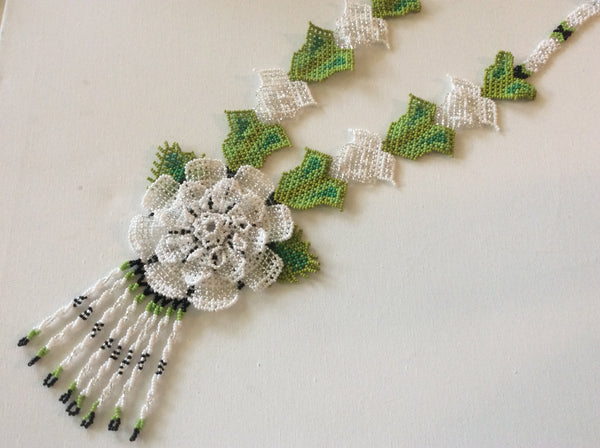 Classic flower design HUICHOL necklace. Hand beaded statement necklace.