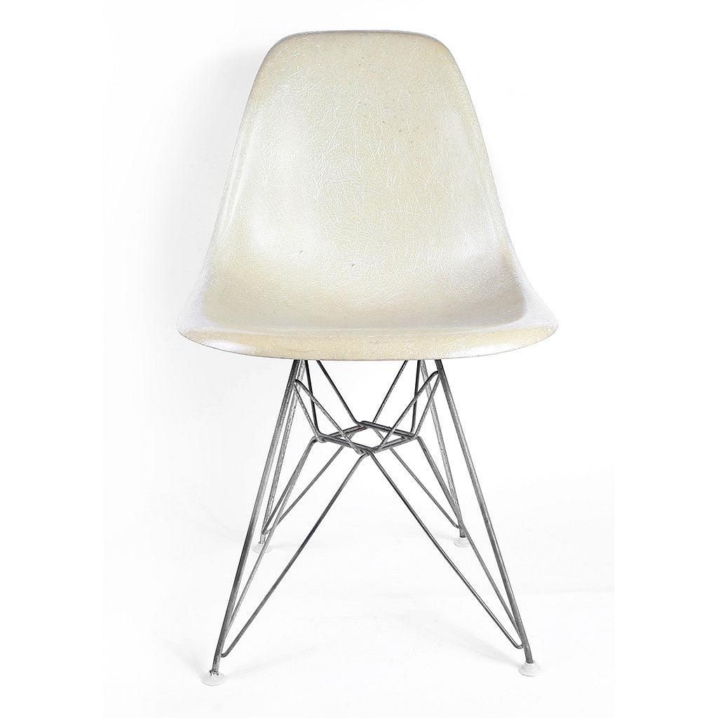 Vintage Eames Fiberglass Side Shell Chair for Herman Miller 1959 with Eiffel Tower Base