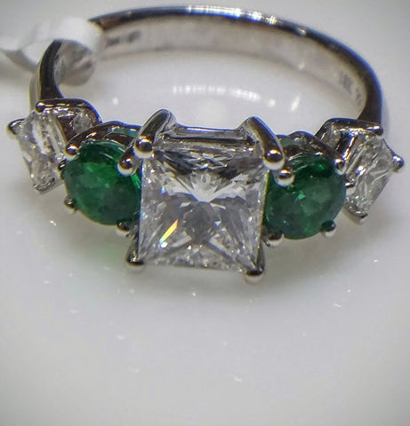 Kupfer Jewelry Exquisite Emeralds and Diamonds White Gold Ring by Kupfer Jewelry Design - Kupfer Jewelry - 1
