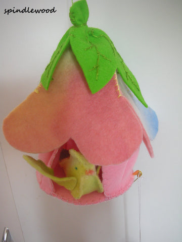 Wool felt birdhouse with bird