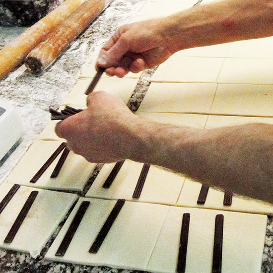 Dark Baking Extruded Sticks- Semi Sweet Chocolate Batons Boulangers for Croissants and Pain au Chocolat. 44% Cacao (3.5 Lbs, 1,6 kg)