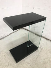 Elaina Glossy Black Chairside Table