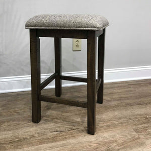 WEEKLY or MONTHLY. Everett Space Saver Pub & 4 Pub Stools
