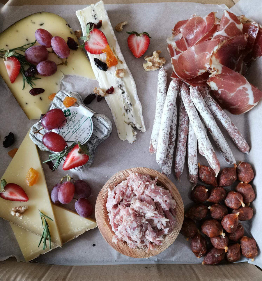 Surprise Me! - Cheese & Charcuterie Selection, 4/5pax