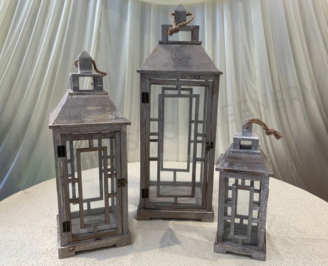 ACC0091 Decorative Wooden Lantern (Rustic Style)