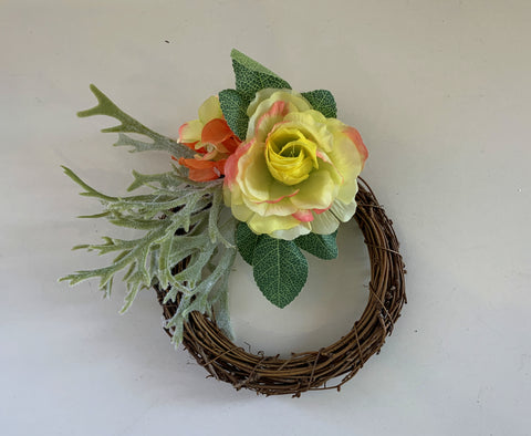 16cm diameter wicker floral wreath | ARTISTIC GREENERY