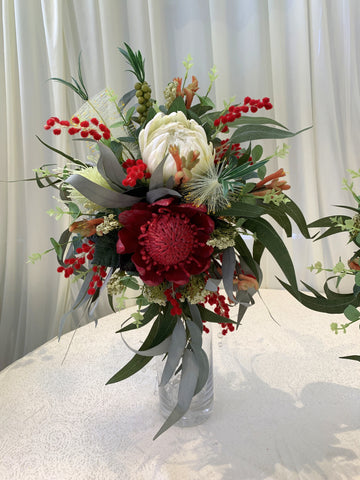 Teardrop / Natural Bouquet - Mixed Native Flowers - Bill D