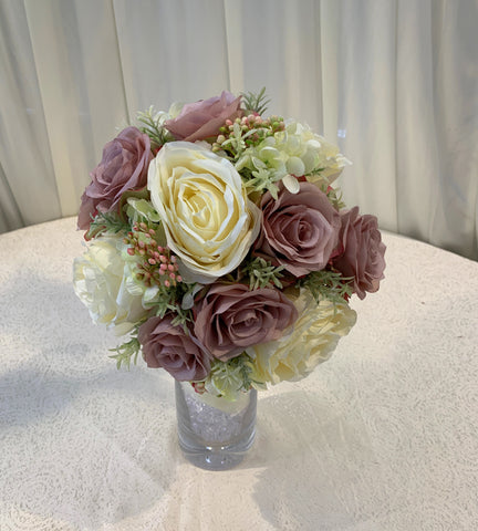 Brides bouquet - Ellie T