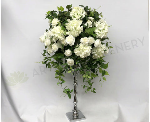 For Hire - Grand Centrepiece 125cm Tall