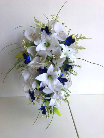 Teardrop Bouquet - Blue & White - Courtney M