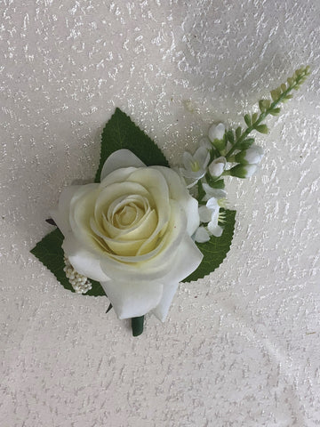 Buttonhole - White Rose with Snapdragon - Katie