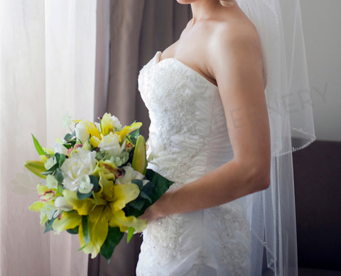 Round Bouquet - Yellow & White- Karolina