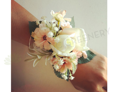 Corsage - Soft Pink & White - Mary K