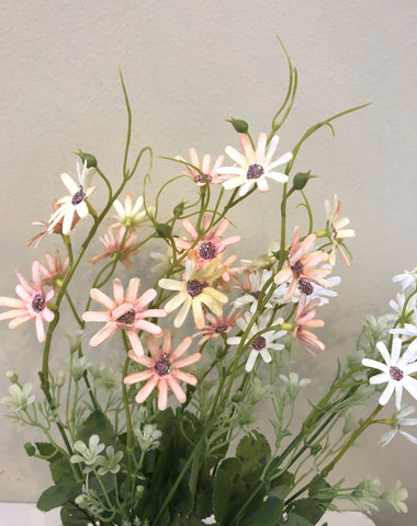 SP0284 Small Daisy Bunch 37cm Light Pink / White