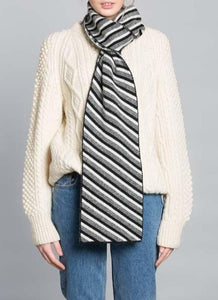DIAGONAL SCARF BLACK WHITE - GREEN THOMAS