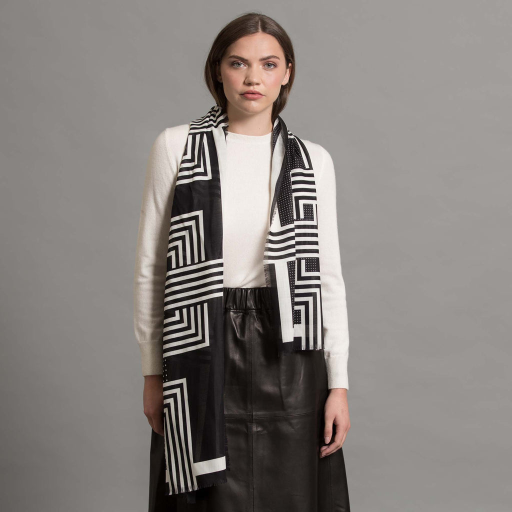 DECO WOOL SILK LONG SCARF BLACK WHITE - GREEN THOMAS