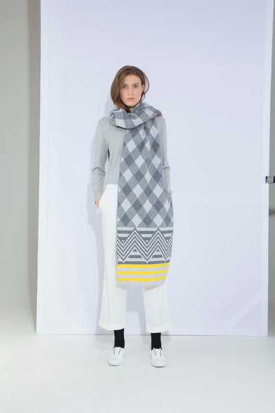ARGYLE BLANKET SCARF GREY & YELLOW