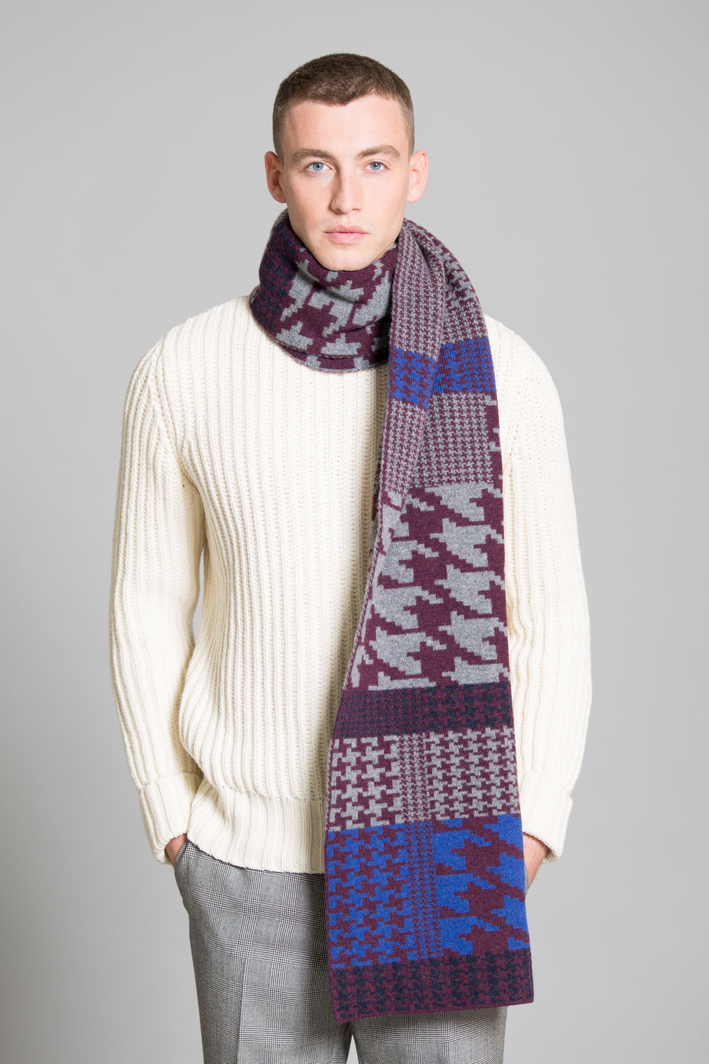 HOUNDSTOOTH BLANKET SCARF WINTER MIX - GREEN THOMAS