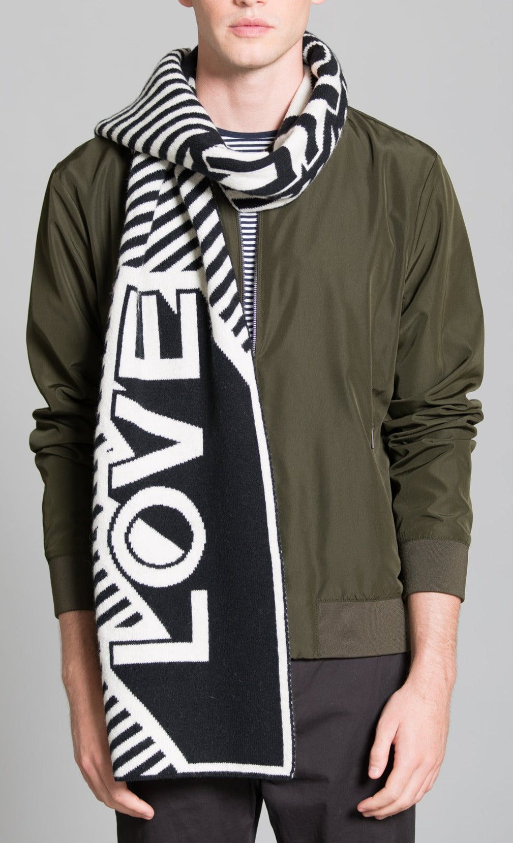 LOVE BLANKET SCARF BLACK WHITE - GREEN THOMAS