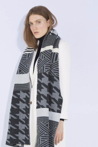 HOUNDSTOOTH BLANKET SCARF GREY MIX