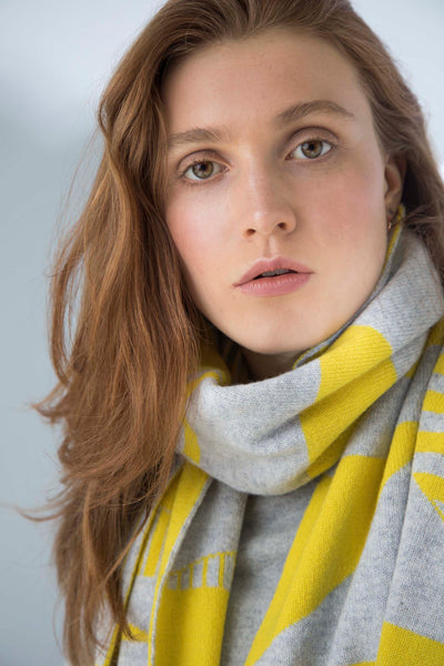 SEMIPHORE BLANKET SCARF YELLOW & GREY