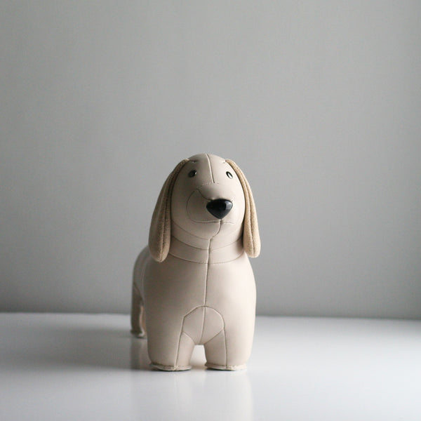 Zuny Dachshund Bookend - Wheat