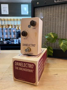 Danelectro | The Breakdown| Univox Replica Pedal