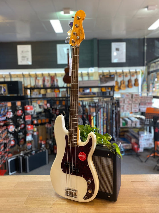 Fender | Squier | Classic Vibe | 60s | P-Bass | Olympic White