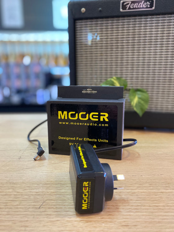 Mooer | 9V | 2A | Pedal Power Supply