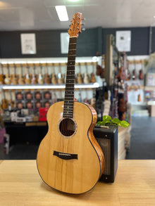 Eborall Guitars | G1909 | Custom Acoustic | Handmade in Australia!