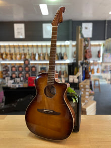 Fender | Newporter Classic | All Solid | Acoustic-Electric