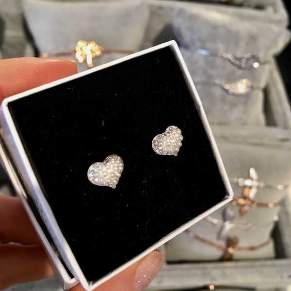 Pearl and sparkle heart studs