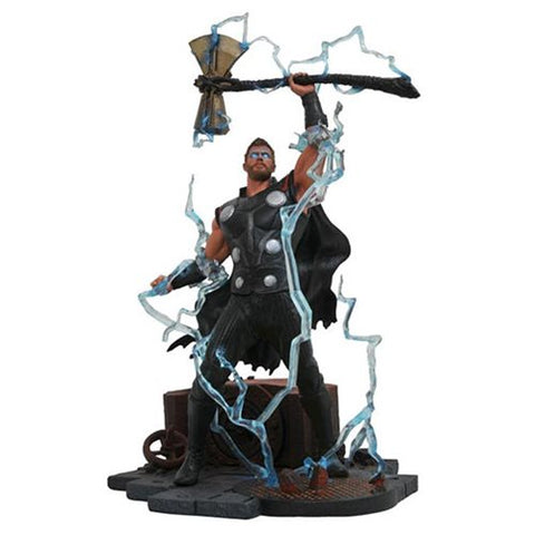 Diamond Select Avengers: Infinity War Thor Statue
