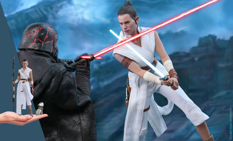 PRE-ORDER: Hot Toys Rey and D-O Sixth Scale Figure