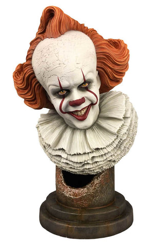 Diamond Select Pennywise It Chapter Two Legends in 3D Pennywise 1:2 Scale Bust