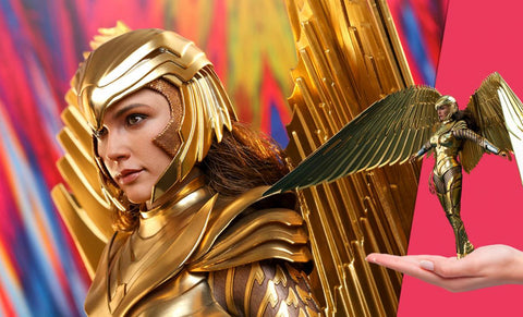 PRE-ORDER: Hot Toys Golden Armor Wonder Woman (Deluxe) Sixth Scale Figure