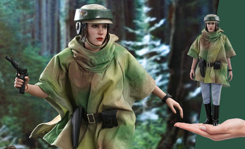 PRE-ORDER: Hot Toys Princess Leia Sixth Scale Figure