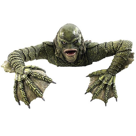 PRE-ORDER: Universal Monsters Creature from the Black Lagoon Grave Walker Statue