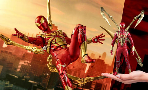 PRE-ORDER: Hot Toys Spider-Man (Iron Spider Armor) Sixth Scale Figure