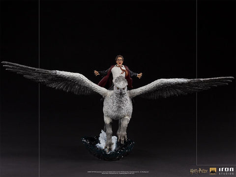 PRE-ORDER: Iron Studios Harry Potter and the Prisoner of Azkaban Harry Potter and Buckbeak Deluxe Art Scale 1/10 Statue
