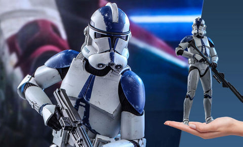 PRE-ORDER: Hot Toys 501st Battalion Clone Trooper Sixth Scale Figure