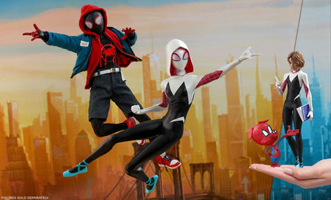 PRE-ORDER: Hot Toys Spider-Gwen Sixth Scale Figure